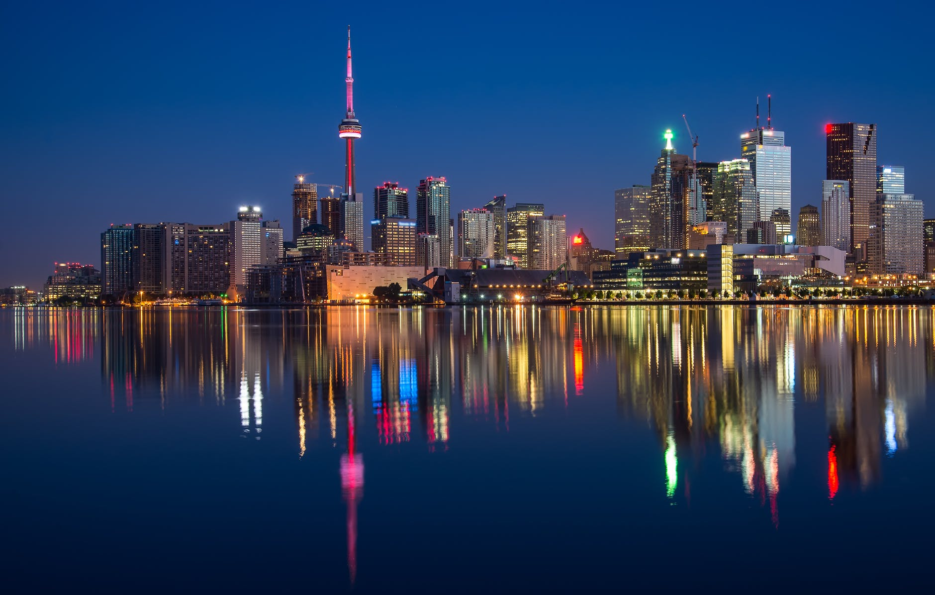 A photo of Toronto's skyline at night, symbolizing the home of Decentral Inc., Canada's leading blockchain startup.